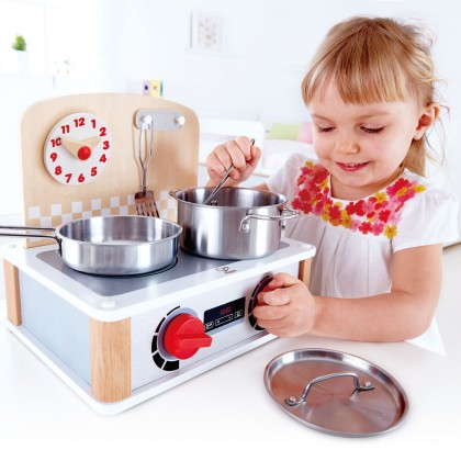 (HP3151) Hape, 2 in 1 Kitchen & Grill Set