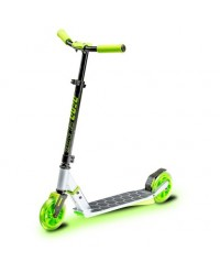 (YV100798) Yvolution, Neon Flash Scooter - Green