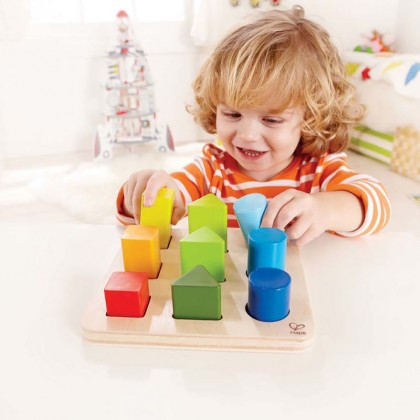 (HP0426) Hape, Color And Shape Sorter